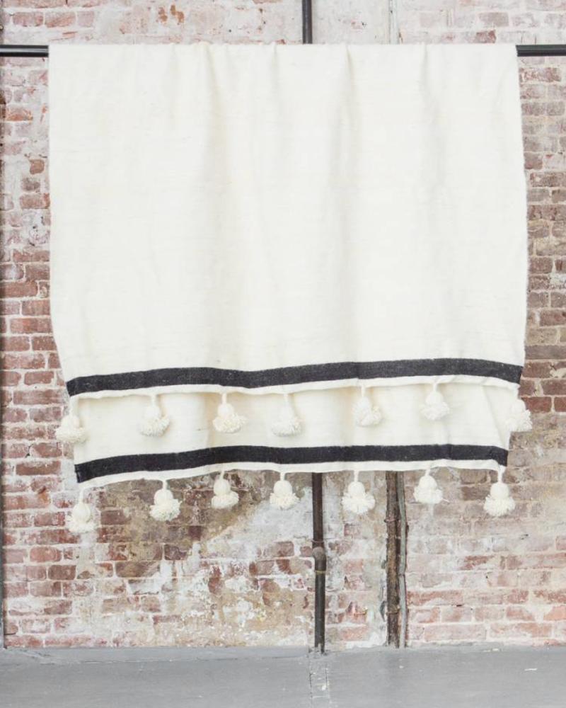PRE-ORDER Handwoven Berber pompom blanket M