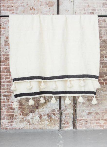 PRE -ORDER Berber pompom blanket XL