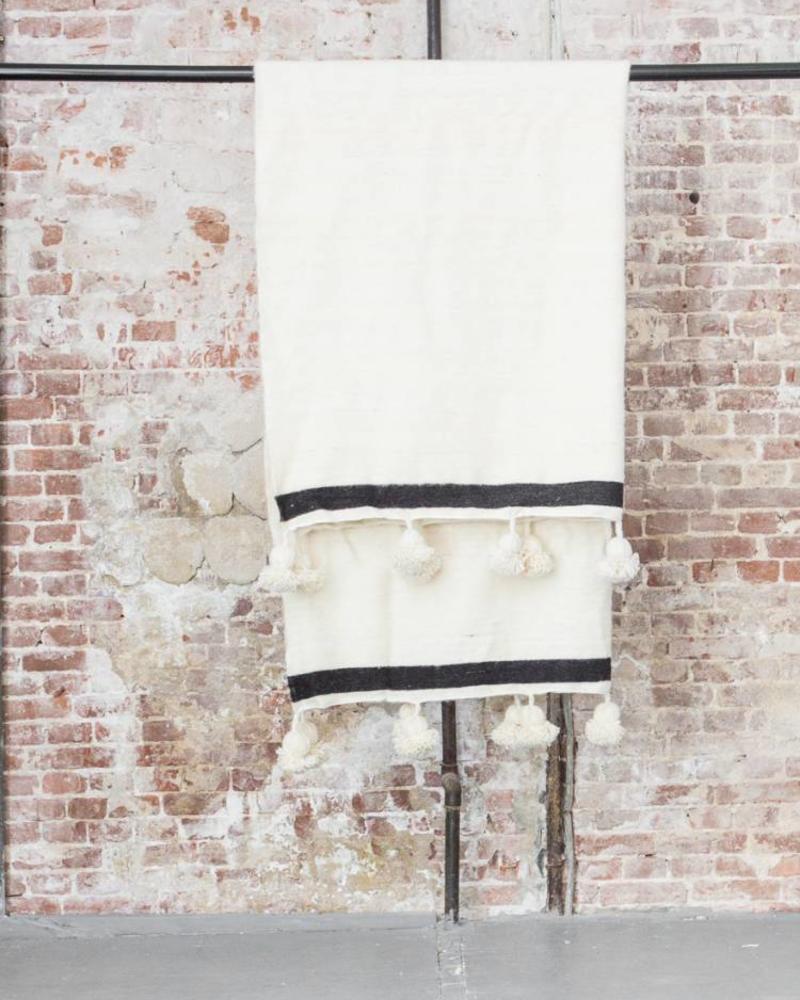PRE-ORDER Handgemaakte Berber pompom deken XL