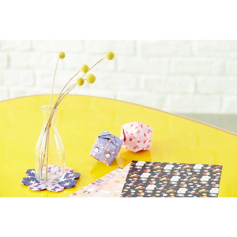 Origami papier vouwblaadjes