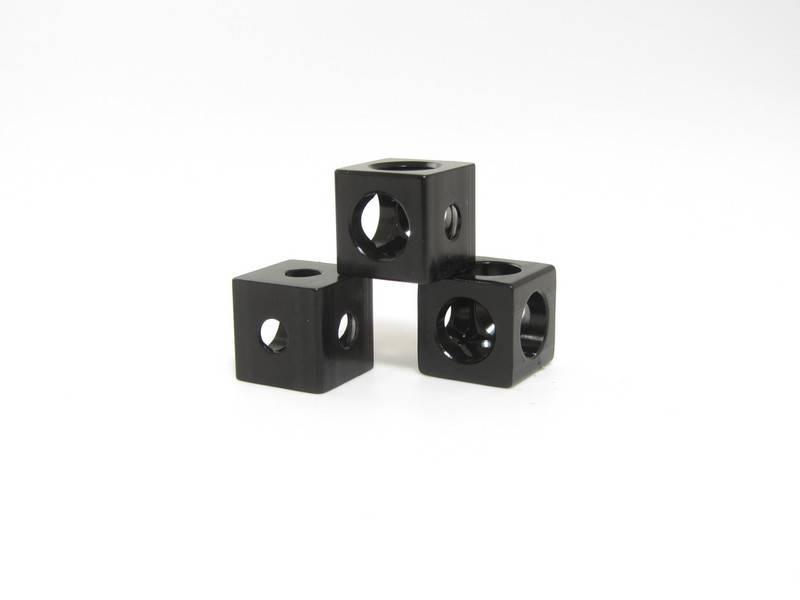 MakerBeam - 10x10mm aluminum profile 12 pieces of MakerBeam Corner Cube Black