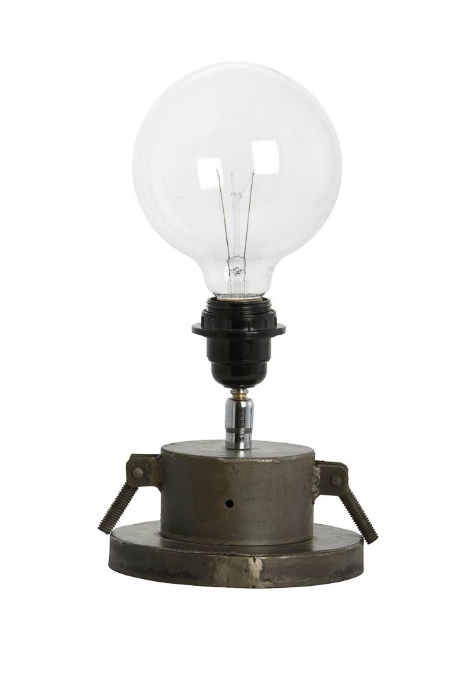 gizmo tafellamp en alle andere lampen van house docor bij north sea design north sea design. Black Bedroom Furniture Sets. Home Design Ideas