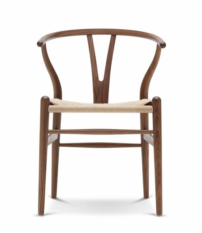 Carl Hansen & Søn CH24 Wishbone Chair Walnut