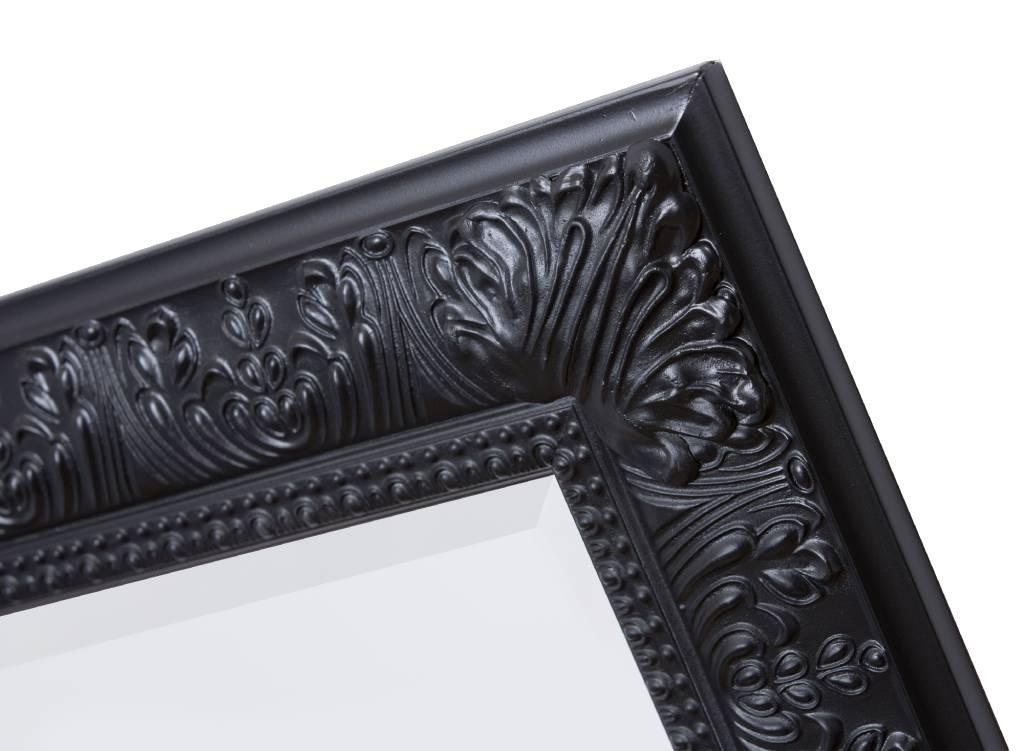 Spiegel mit schwarzem Rahmen