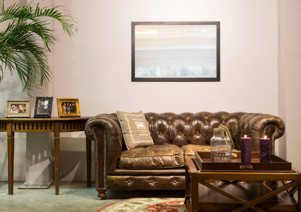 spiegel mit rahmen in edelstahlfarbe. Black Bedroom Furniture Sets. Home Design Ideas