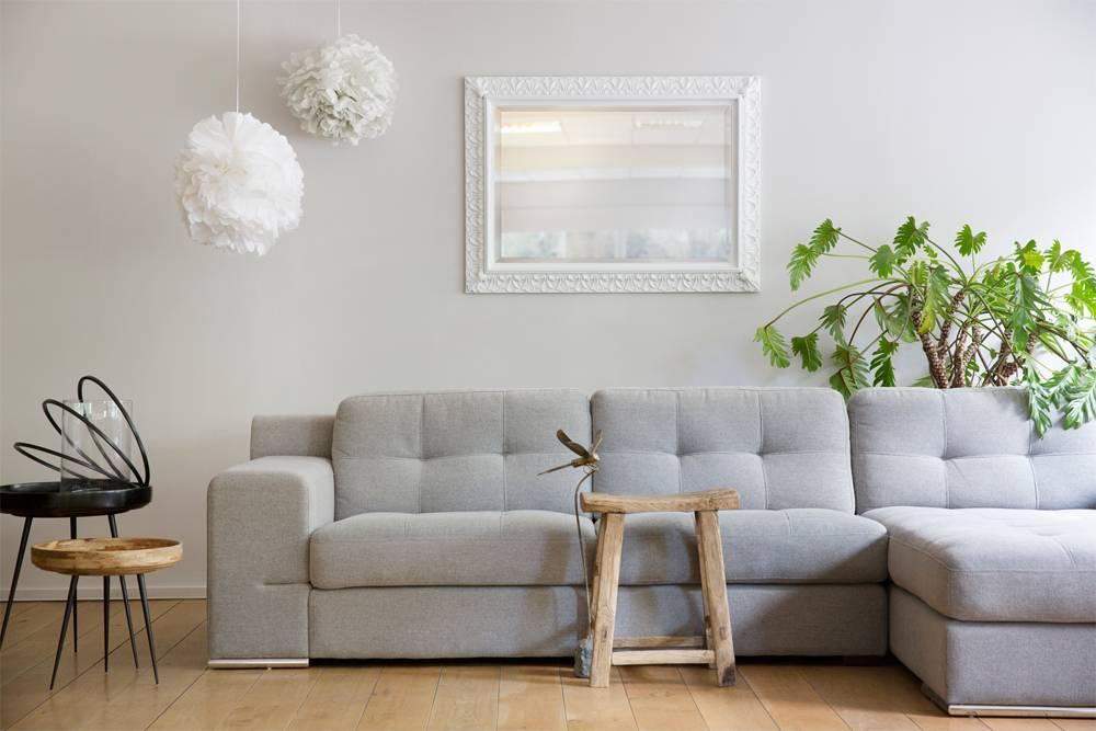 Spiegel Schräg Aufhängen padua spiegel mit weißem rahmen kunstspiegel de