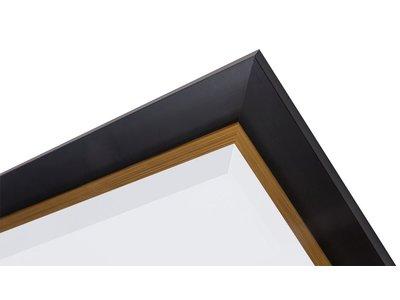 Schwarzer Spiegel mit goldenem Innenrand