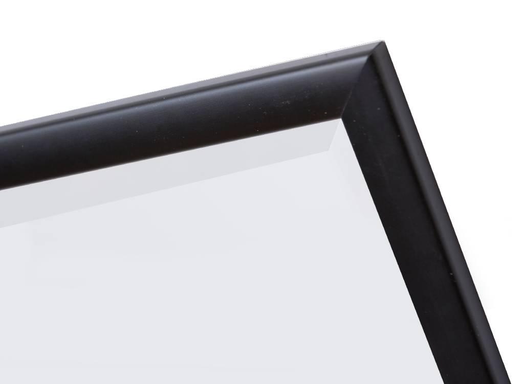Levie - Spiegel mit schmalem schwarzen Rahmen