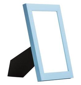 Levie - schmaler blauer Holz-Bilderrahmen