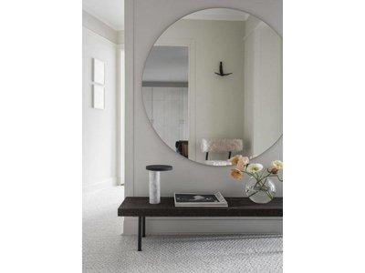 Runder Spiegel ohne Rahmen