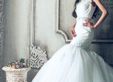 Hochzeitskleid im Rahmen