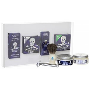 The Bluebeards Revenge Delux Scimitar Razor Kit