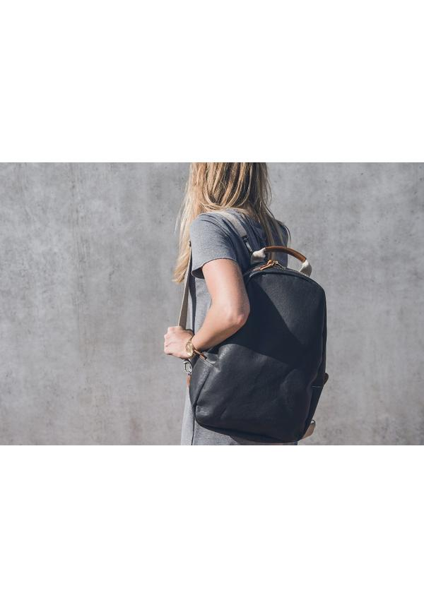 Memmo Backpack Camel