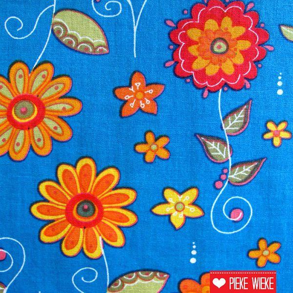 Funny flowers blauw