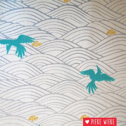 Hyakka Waves Cranes