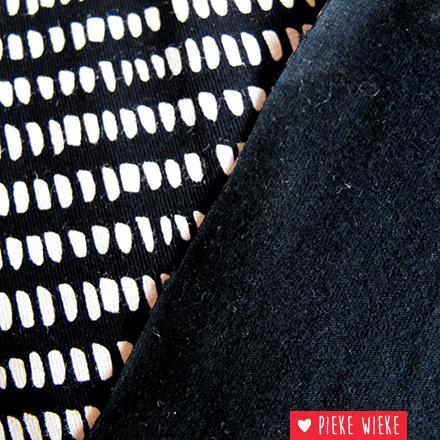 Tricot korte streepjes zwart
