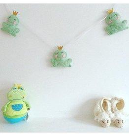 voor kindjes Garland Frogs