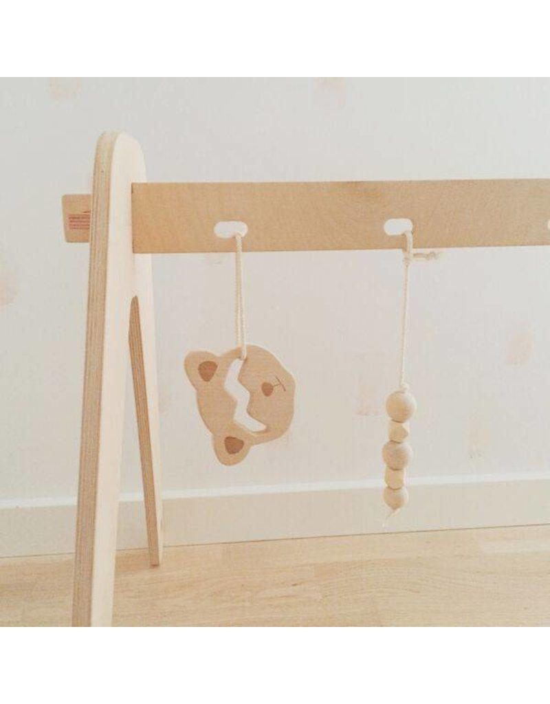Loullou 1st Play wooden teething string