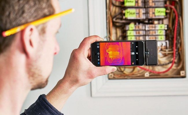 FLIR One Pro betaalbare smartphone warmtebeeldcamera