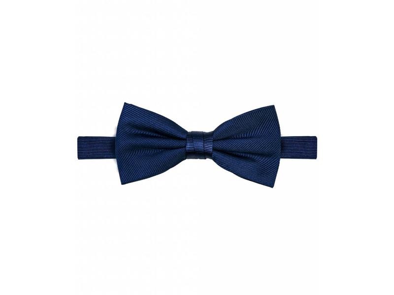 Michaelis Bowtie navy solid silk.