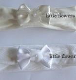 Tricot babyhaarbandje wit  met satijn strik