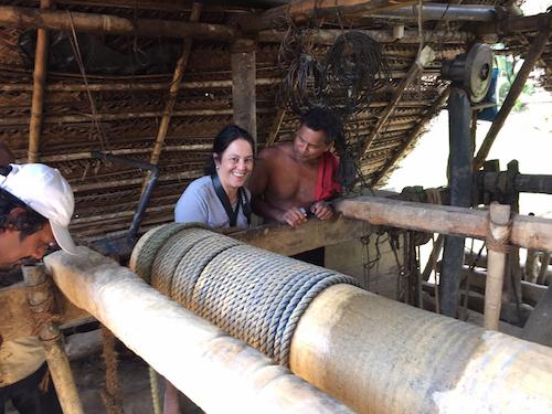Laetitia bij de Radnapuri mijn in Sri Lanka