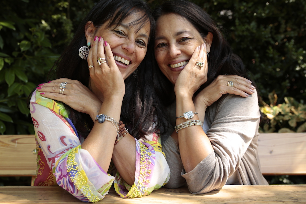 NJAmsterdam Jewelry Makers Twin sisters