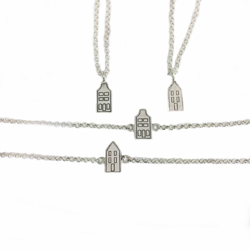 Cadeau idee Necklace  step gable canal house