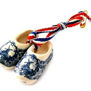 Brooch / corsage Clogs Delftware