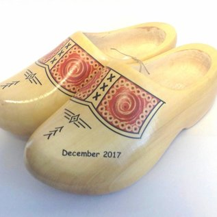 Clogs mit Text