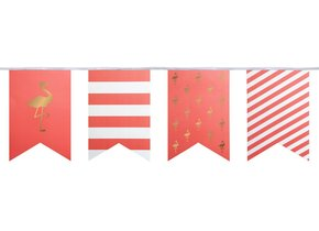 PREPPY FLAMINGO PARTY FLAGS ON STRING