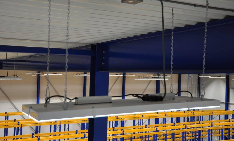 MacBright MEGA-LED High-Bay 13.000lm 840 108W 60° IP65 650x350mm