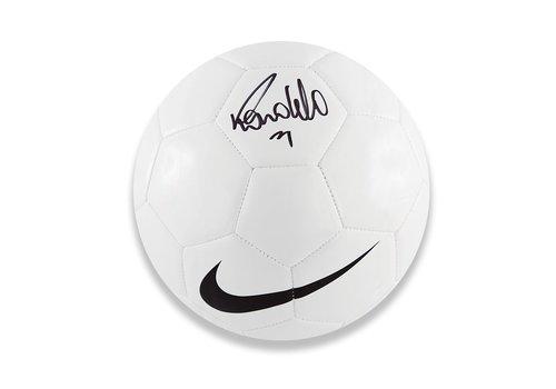 Ronaldo Gesigneerde Voetbal