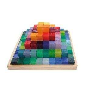 Grimms - Kleine Piramide