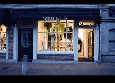 Van Dort Fashion
