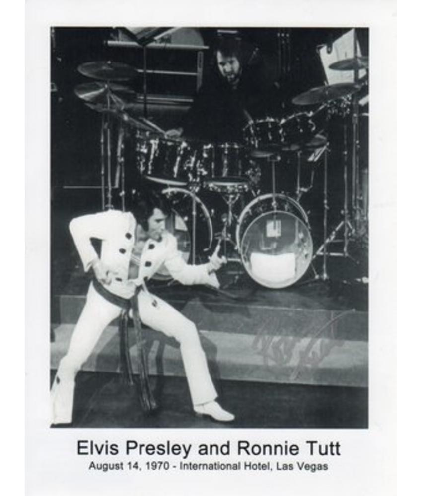 Gesigneerde foto - TCB - Ronnie Tutt (1)