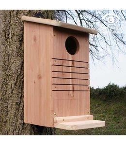 landgarten eichh rnchen futterhaus villa j hn landhausstil. Black Bedroom Furniture Sets. Home Design Ideas