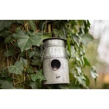 Gartendekoration Landhausstil Vogelhäuschen Milchkanne
