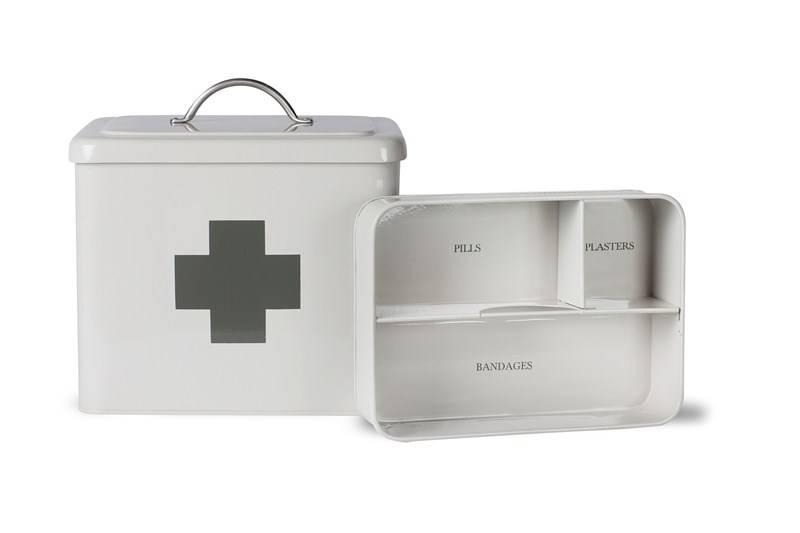 erste hilfe box villa j hn gmbh. Black Bedroom Furniture Sets. Home Design Ideas