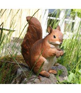 Wildlife Garden Handgeschnitztes Eichhörnchen aus Holz