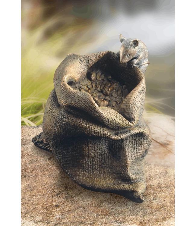 Edition Strassacker Maus auf Körnersack Bronze
