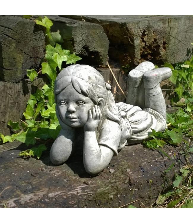 Steinfiguren für den Garten Steinfigur Träumendes Mädchen Julia