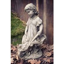 Gartenfiguren aus Stein Steinfigur Bauernmädel Margarethe