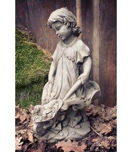 Steinfigur Bauernmädel Margarethe