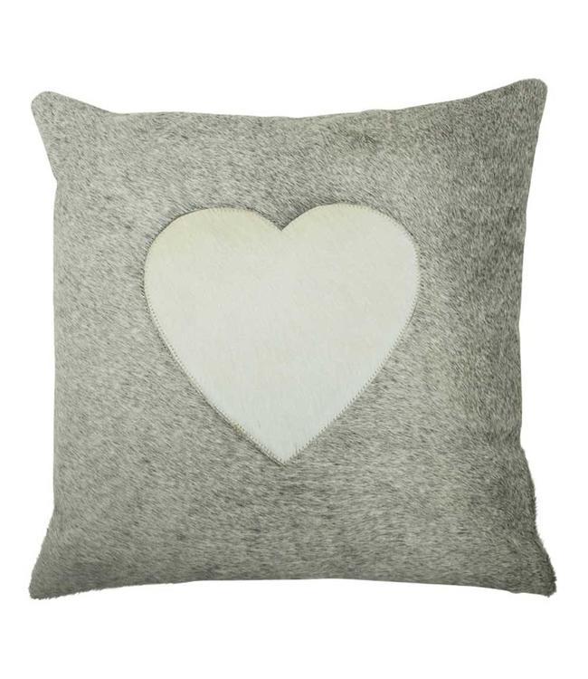 kissen im landhausstil kuhfell mit herz villa j hn. Black Bedroom Furniture Sets. Home Design Ideas