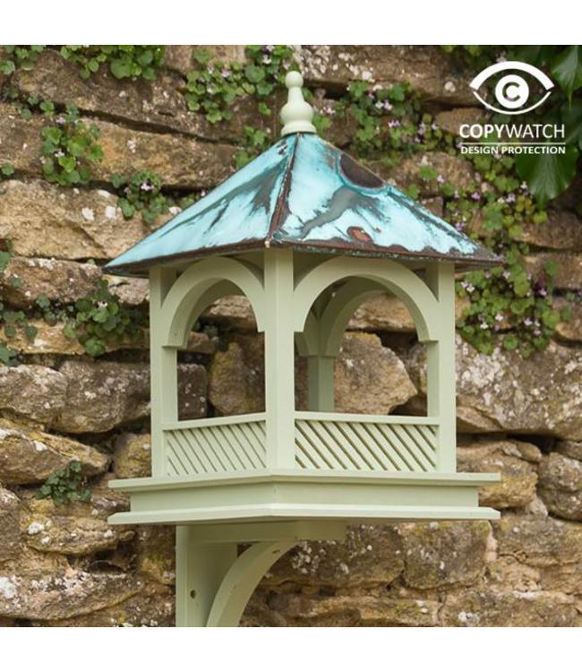 Vogelhaus mit Kupferdach