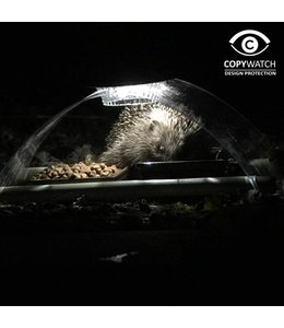 Igel Futterhaus - beleuchtet mit Solarlampen