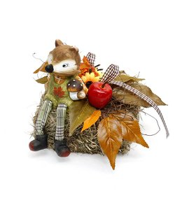 Garten Heuballen mit Fuchs und Herbstdekoration