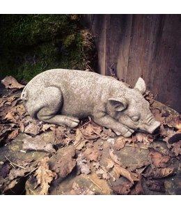 Steinfigur Ferkel schlafend