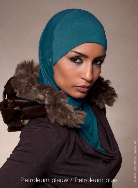 Noor D*Izar Suraya - Petroleum blauw